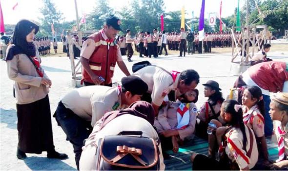 Puluhan Anggota Pramuka Jatuh Pingsan saat Upacara