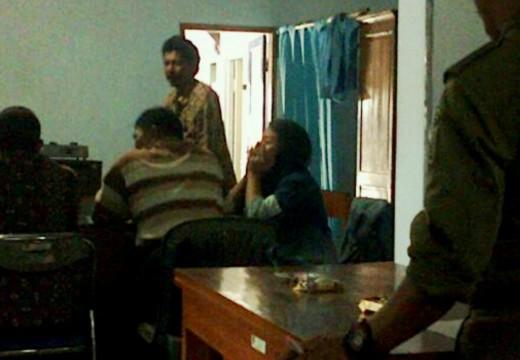 Warga Sawahan Gerebek Pelajar Mesum di Rumah Kos