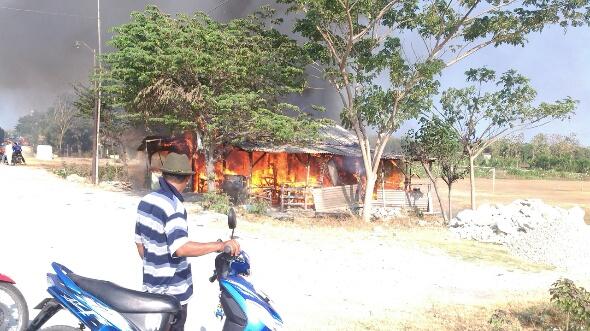 Api Kompor Picu Ludes Warung di Jatisari