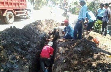 18 Kilometer Pipa PDAM Rembang Mendesak Digeser