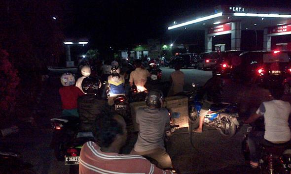 Kenaikan Harga BBM Tak Ganggu Pembahasan APBD 2015 Rembang