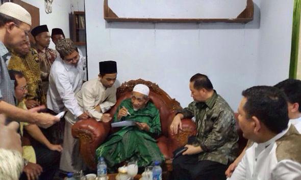 Mbah Moen Kembali Pimpin Majelis Syariah PPP