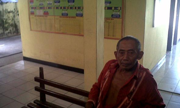 Gara-gara Kompensasi BBM, Dasmuri Pukuli Ketua RT