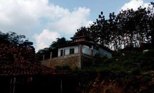 Masid di Dusun Ngotoko Desa Pasedan Kecamatan Bulu Kabupaten Rembang. (Foto: Pujianto)