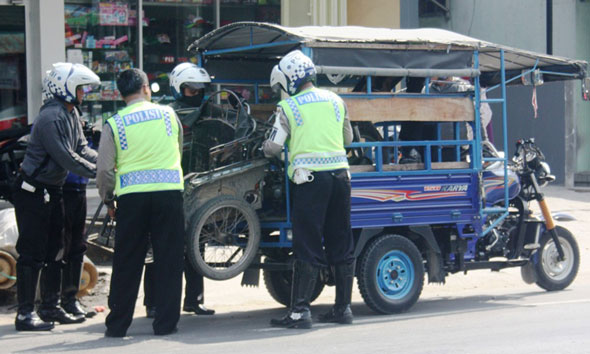 Polisi Rembang Amankan Lima Becak Motor Ilegal