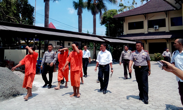 Polisi Rembang Tangguhkan Penahanan 8 Tersangka Solar Ilegal