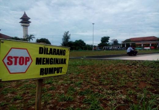 Diberondong SMS Warga, DPRD Minta Alun-alun Rembang Dibuka