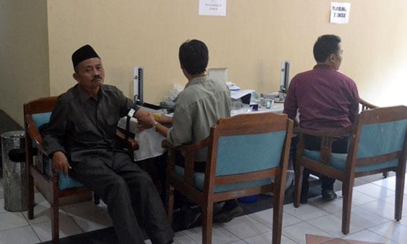 DPRD Rembang Hapus Lelang Asuransi Medical Check-Up