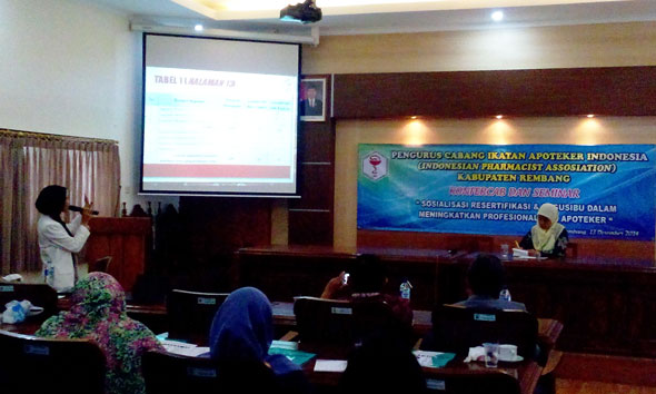 Apotek Menjamur, IAI Rembang Sorot Kompetensi Apoteker