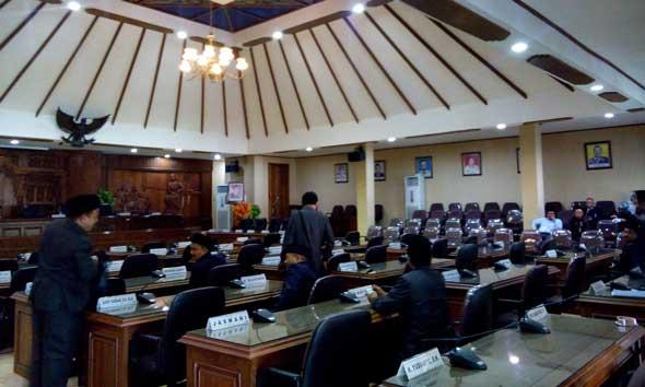 Gagal Kuorum, Paripurna Penetapan Pengangkatan Hafidz Ditunda
