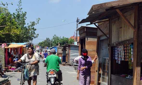Renovasi Selesai, Pedagang Pasar Lasem Belum Tinggalkan Relokasi