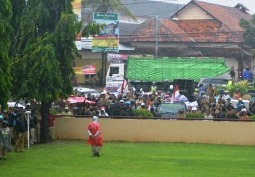 Soal Bengkok, Ratusan Kades akan Temui Jokowi