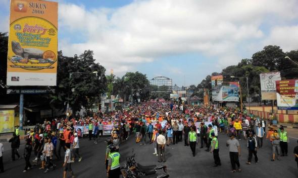 Merasa Ditindas Kebijakan Menteri Susi, Nelayan Rembang Demo