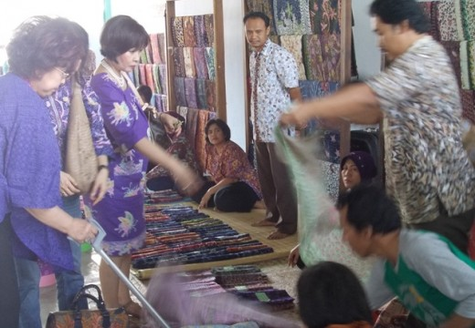 Pasar Batik Lasem di Afrika Kian Terbuka