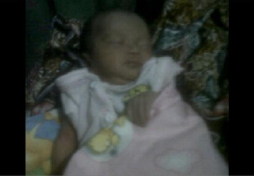 Warga Banowan Temukan Bayi Perempuan di Persawahan