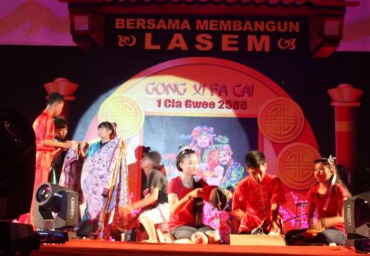 Pertunjukan Lintas Etnis Warnai Perayaan Imlek di Rembang