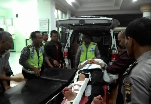 Perwira Polisi Ditabrak Pengendara Motor Saat Melakukan Razia