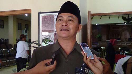KPU Kirimkan Nama Pengganti Ridwan dan Sunarto