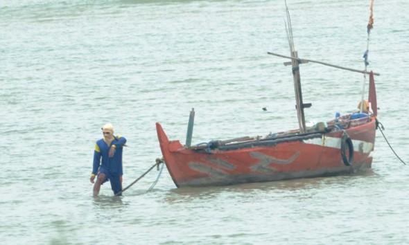 Nelayan Keluhkan Larangan Melaut Area PLTU Diperluas