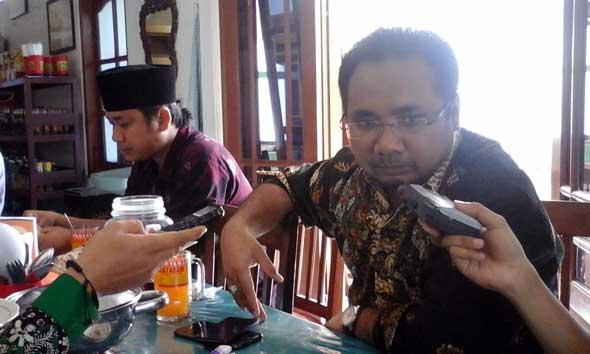 Gus Tutut Pertimbangkan Maju di Pilkada 2015