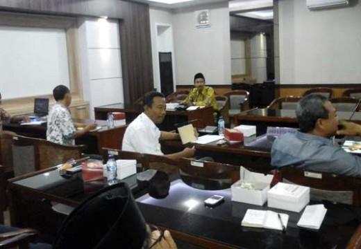 Pansus Buru Data Asal Usul Tanjung Bonang