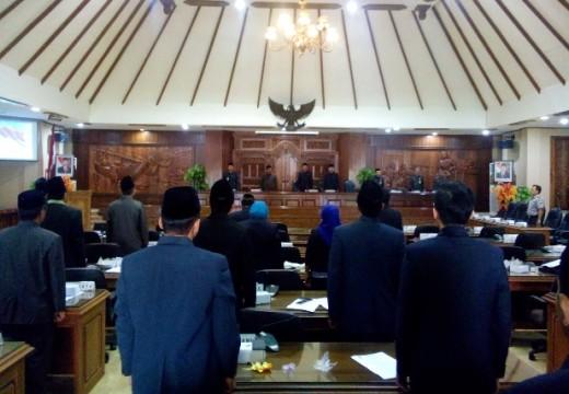 LKPj Bupati Disetujui DPRD dengan 43 Rekomendasi