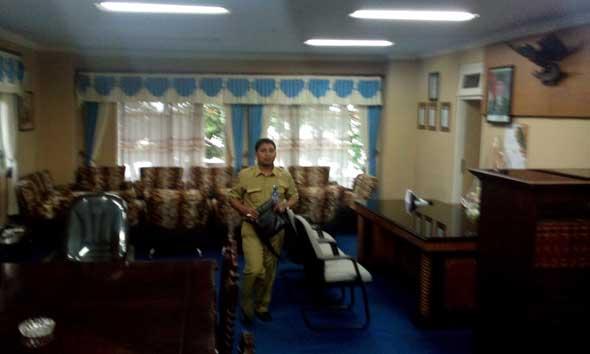 Pindah Ruangan, Hafidz Ogah Pakai Ajudan Salim
