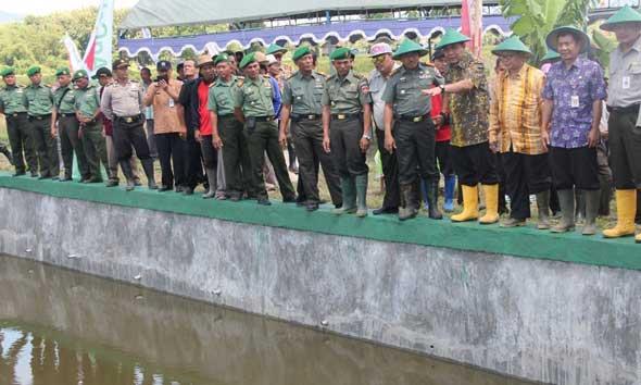 Petani Rembang Ditantang Terapkan Metode Padi Singgang