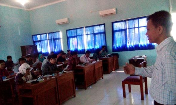 Seleksi Panwascam, Bawaslu Terjunkan Asisten di Rembang