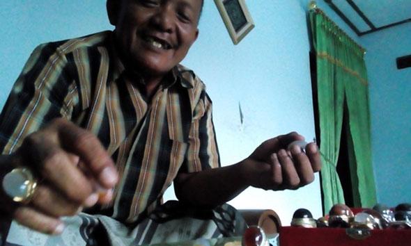 Perajin Inginkan Pasar Akik di Rembang
