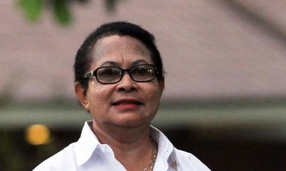 Kunjungi Rembang, Menteri Yohana Contoh Model KPAD