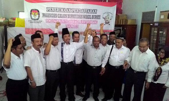 Hari Jadi Rembang, Hafidz-Bayu Daftar ke KPU