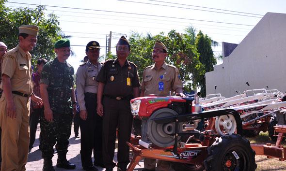 81 Traktor Dibagikan, Distanhut Diminta Kencangkan Pengawasan
