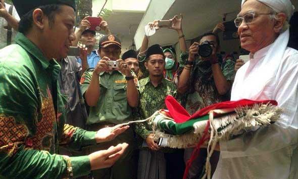 Gus Mus: Santri Dididik Memandang Indonesia sebagai Rumah