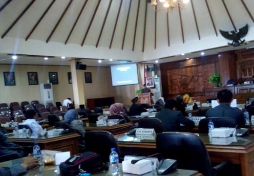 Rabu, DPRD Lantik Pengganti Sunarto dan Ridwan
