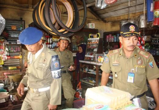 Rokok Bercukai Ilegal Marak di Pinggiran Rembang
