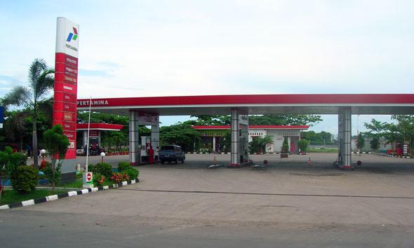 """Premium """"Menghilang"""" dari SPBU di Rembang"""