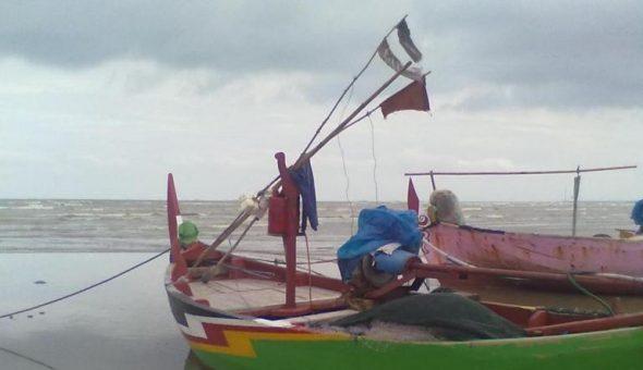 Kesadaran Nelayan Lengkapi Perahu dengan Pelampung Rendah