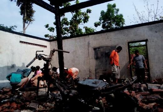 Siti Khotijah Bersyukur Dua Anaknya Selamat dari Kebakaran