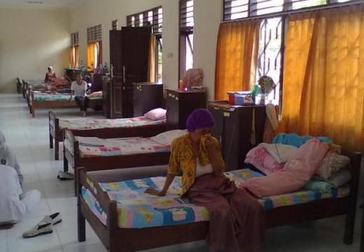 Panti Jompo Saksi Penelantaran Ibu oleh Anak