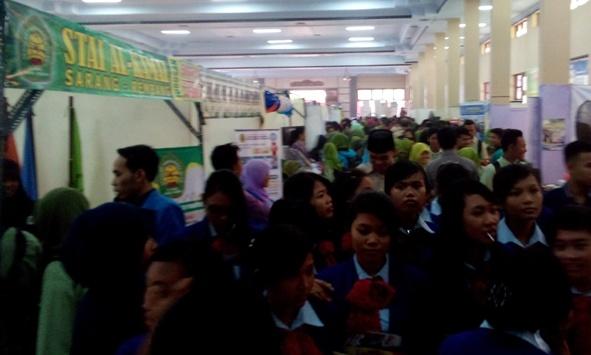 Pameran Pendidikan Rembang Bantu Identifikasi Kampus Beku