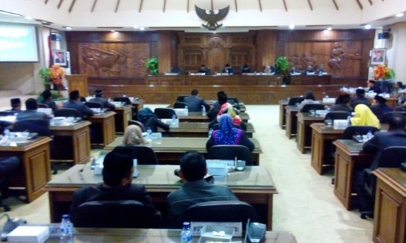 DPRD Umumkan Penetapan Cabup-Cawabup Terpilih Rembang