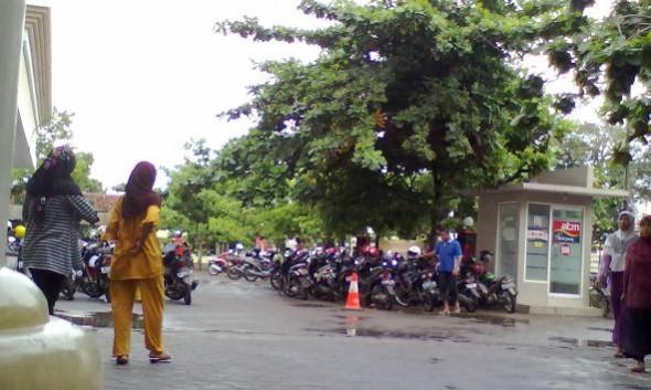Kutipan Parkir RSUD Rembang Bikin Gerah Pengunjung