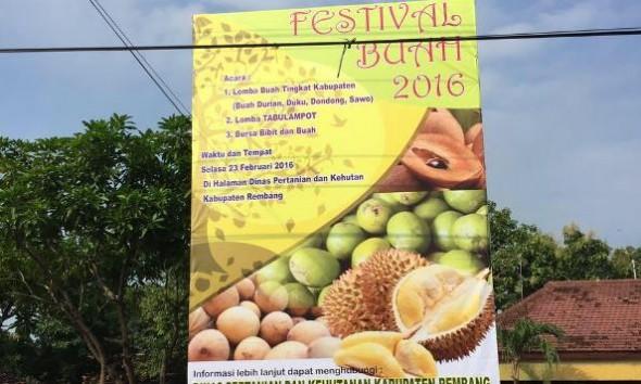 Ratusan Durian Criwik Dijual Murah di Festival Buah