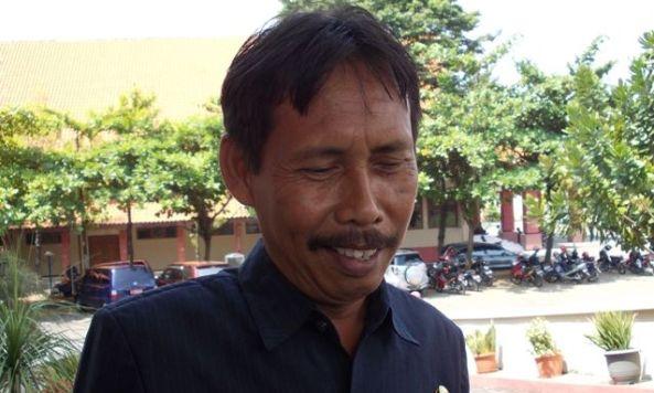 Kepala BLH Rembang Purwadi Samsi. (Foto: Pujianto)