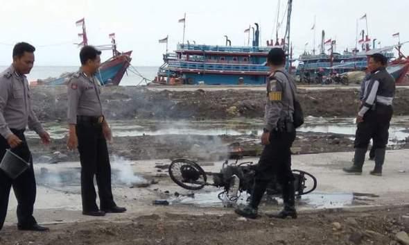 Warga Tangkap Maling Timah Pemberat Jaring Nelayan