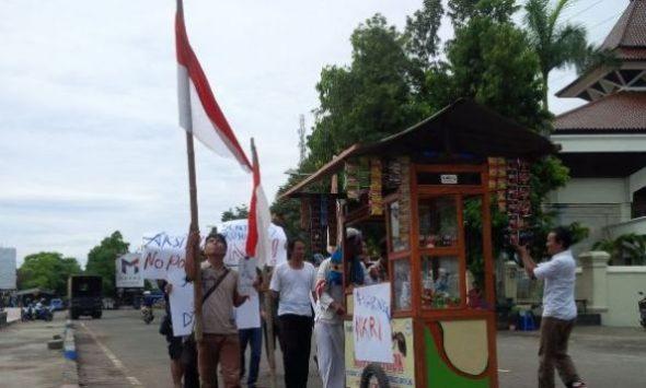 Komunitas di Rembang Ngopi Bareng Perteguh Kebinekaan