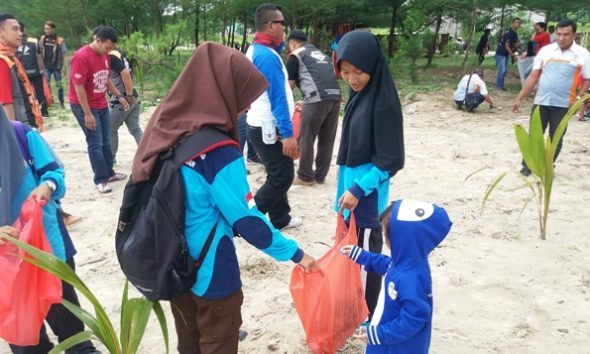 Komunitas Muda mulai Lirik Pantai Balongan