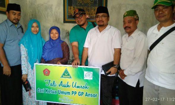GP Ansor Umrahkan Janda Almarhum Ketua Ranting