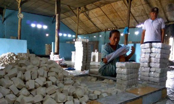 Perusahaan Garam Rakyat di Rembang mulai Tiarap